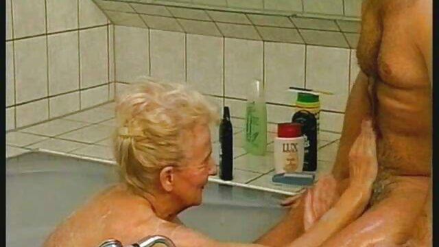 食べる若いお母さん眠ってベッド エッチ 動画 無料 女性 用