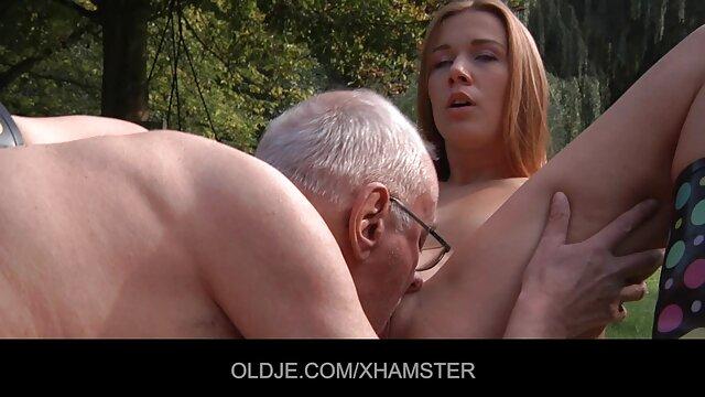 ハメ撮りで犯される素人巨乳 無料 エロ 動画 女性 向き