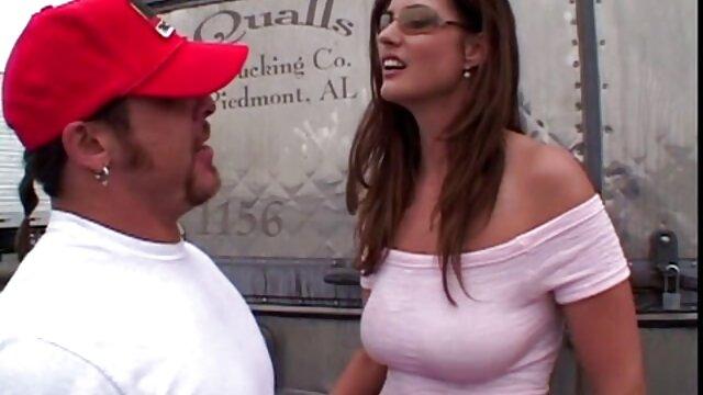 巨乳で偽のタクシーと素敵なCamを与える 有馬 芳彦 セックス 動画