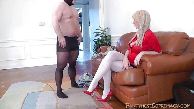 ブルネットの強い男とslutを取ってロッド 女 の ため の セックス 動画